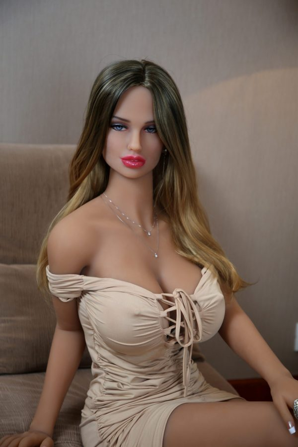 Elsa Brunette Sex Doll