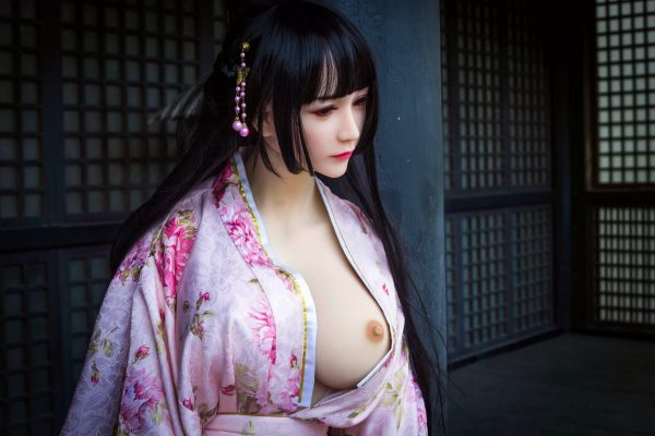 Sakura - Asian Sex Doll
