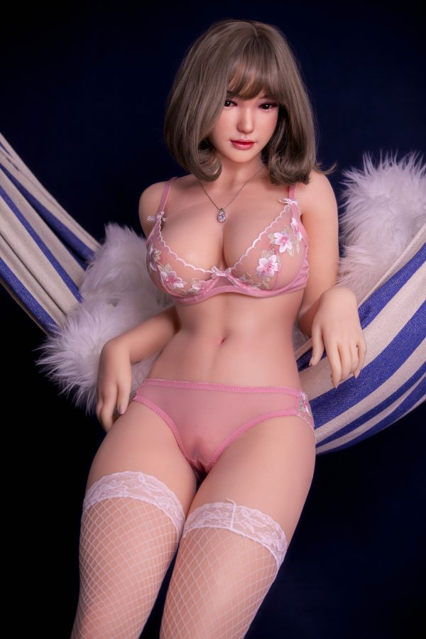 Li-Li - Asian Sex Doll