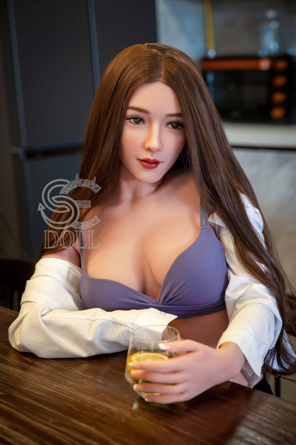 Elva- Asian Sex Doll